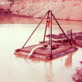 Model: DP 50 on Oil Drum Pontoon Application: Dredging Customer: USA