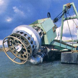Model: DP 150 B on Pontoon Application: Dredging in Harbour Customer: USA.